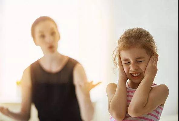 培养孩子自信心,这5句话千万不要说!