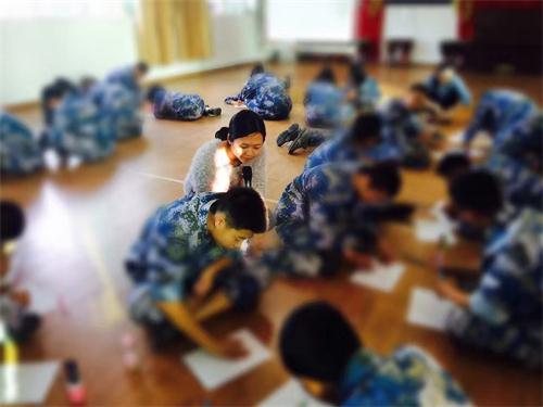 正德学院-学生团辅《十年后的我》.jpg